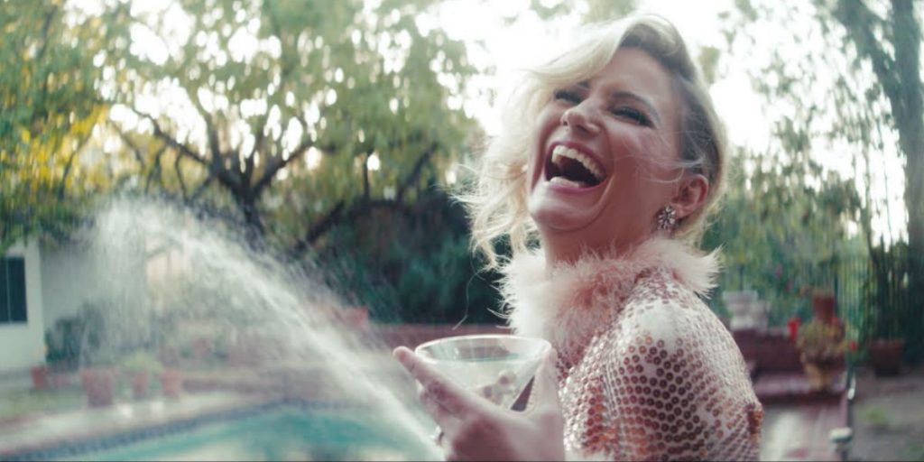 """Jennifer Nettles from Sugarland in the music video for """"Babe"""" featuring Taylor Swift"""