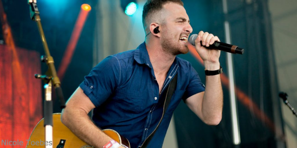 Kris Barclay performs at the 2018 Boots & Hearts Emerging Artist Showcase