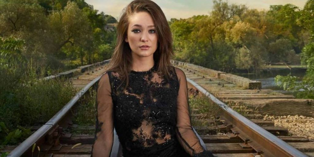 Canadian country artist Kira Isabella has released her latest album called Side A