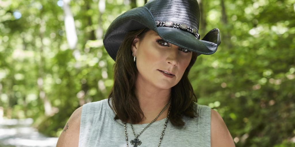 Terri Clark at the Saskatchewan Country Thunder Music Festival