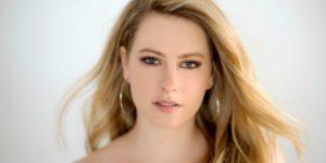 """Debut single """"Strong"""" by Canadian country artist Justine Blanchet"""