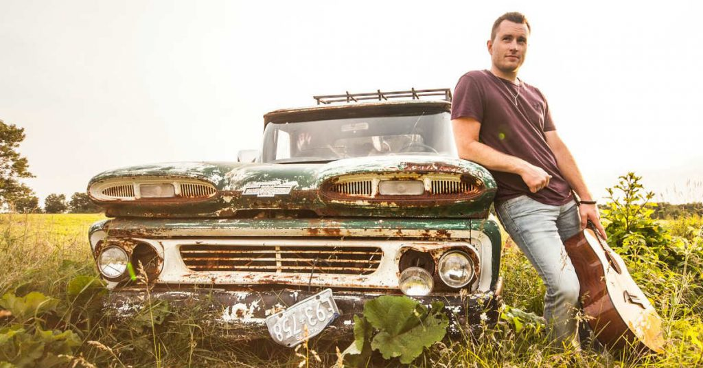 Rob Watts, country singer From Barrie Ontario