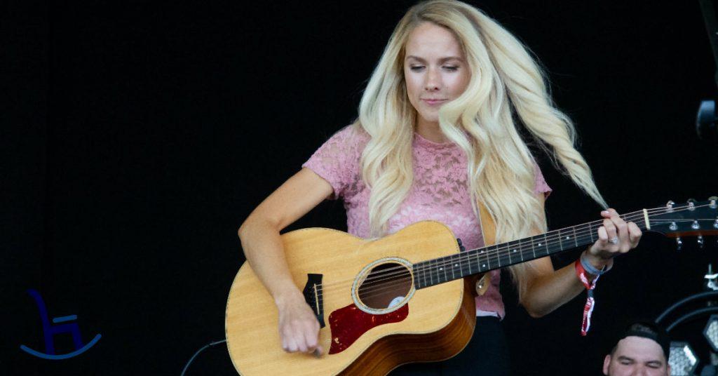 Amber-Jo Bowman playing live at Boots & Hearts