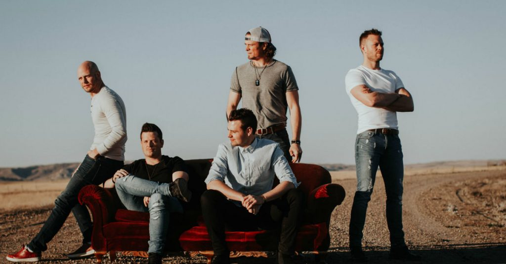 Hunter Brothers performing at 2020 country thunder festival in sask
