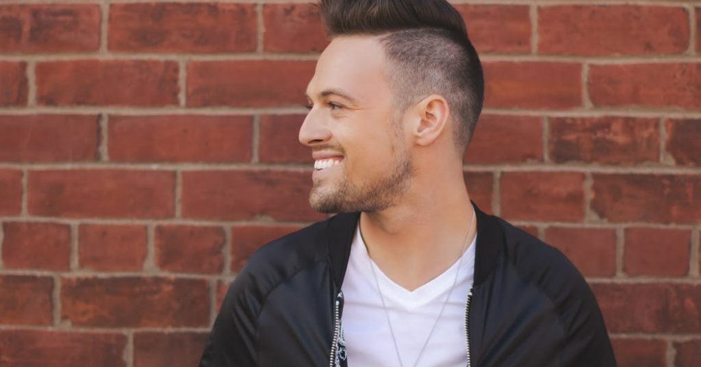 Emerging Canadian country artist Shawn Richard