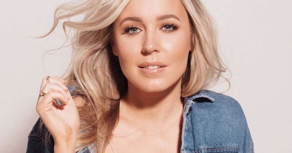 Interview With Canadian Country Artist Elyse Saunders