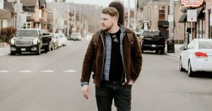 about Canadian country artist Greg Rider