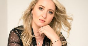 Female Canadian country artist Taylor-Rae